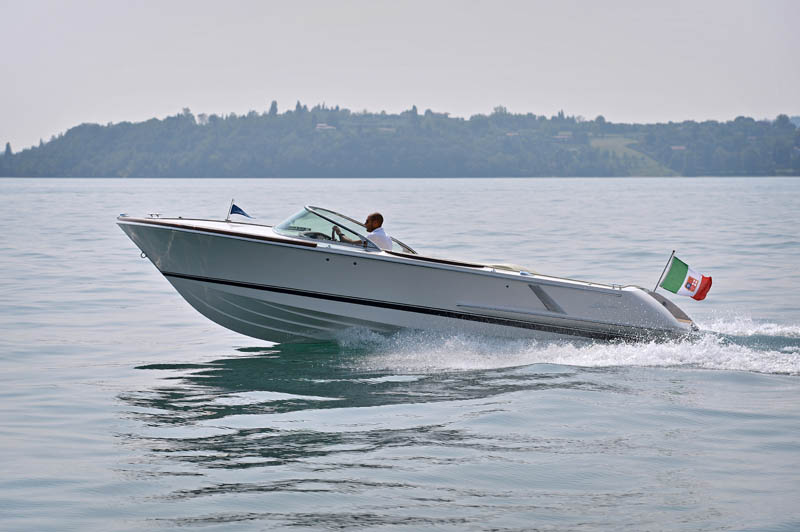 Colombo 25 Super Indios - http:// www.colomboboats.it